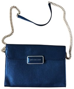 6c09bdbc237c Marc by Marc Jacobs on Sale - Up to 85% off at Tradesy