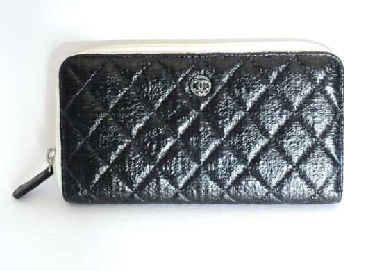 Chanel Chanel Black & White Zip Around Quilted Leather Wallet 2 Image 1