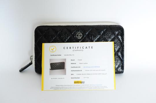 Chanel Chanel Black & White Zip Around Quilted Leather Wallet 2 Image 2