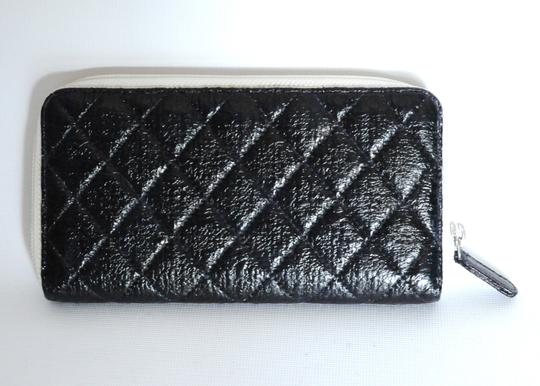 Chanel Chanel Black & White Zip Around Quilted Leather Wallet 2 Image 9