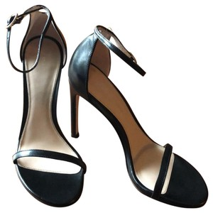 b9ee78413 Women s Stuart Weitzman Shoes - Up to 90% off at Tradesy