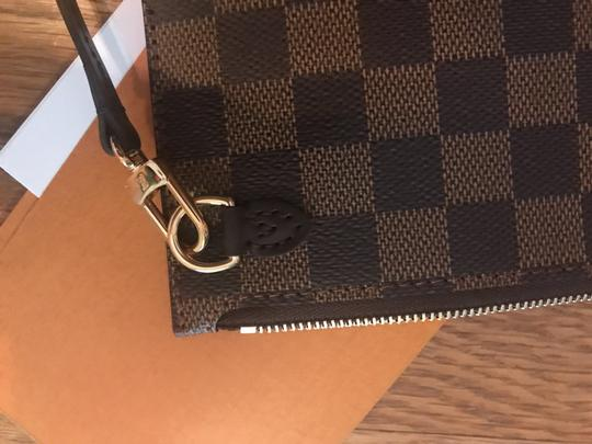 Louis Vuitton Monogram Leather Luxury European Limited Edition Tote in brown Image 4