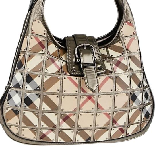 Preload https://img-static.tradesy.com/item/25298521/burberry-warrior-gunmetalnova-check-leather-hobo-bag-0-1-540-540.jpg