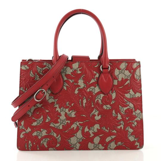 Preload https://img-static.tradesy.com/item/25299534/gucci-convertible-gusset-arabesque-gg-coated-medium-red-canvas-tote-0-0-540-540.jpg