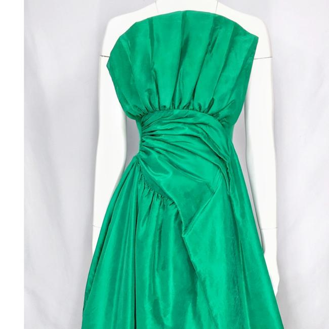 Preload https://item4.tradesy.com/images/scaasi-emerald-green-vintage-silk-pleated-bodice-ruched-waist-strapless-ball-gown-long-formal-dress--25299758-0-5.jpg?width=400&height=650
