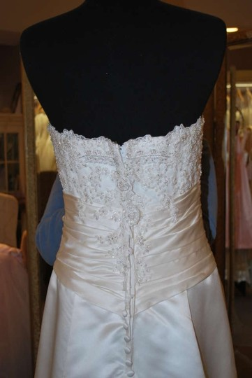 Casablanca Ivory Satin Lace 1958 Traditional Wedding Dress Size 8 (M)