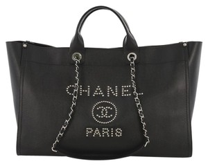 0eaa5196a509 Chanel Caviar Large Tote in black