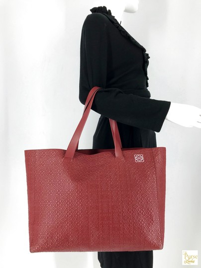 Loewe Leather Embossed Tote in Red Image 11