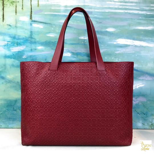 Loewe Leather Embossed Tote in Red Image 2