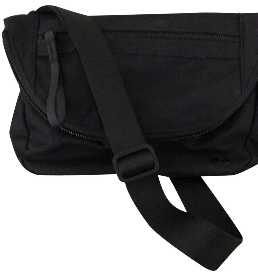 ff1df8a4e03 Lululemon Festival Black Water Repellent Easy To Wipe Clean Cross ...