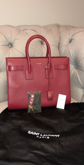 Saint Laurent Tote in red Image 1