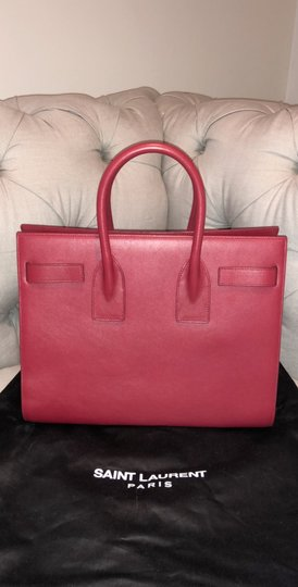 Saint Laurent Tote in red Image 2