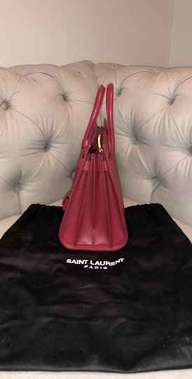 Saint Laurent Tote in red Image 7
