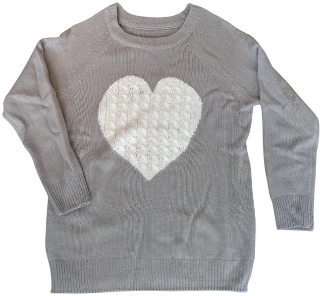 Preload https://img-static.tradesy.com/item/25301747/shein-love-richie-heart-grey-sweater-0-1-650-650.jpg