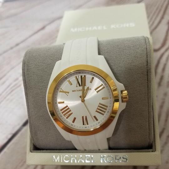 Michael Kors Women's Bradshaw Gold-Tone and White Silicone Watch MK2730 Image 4