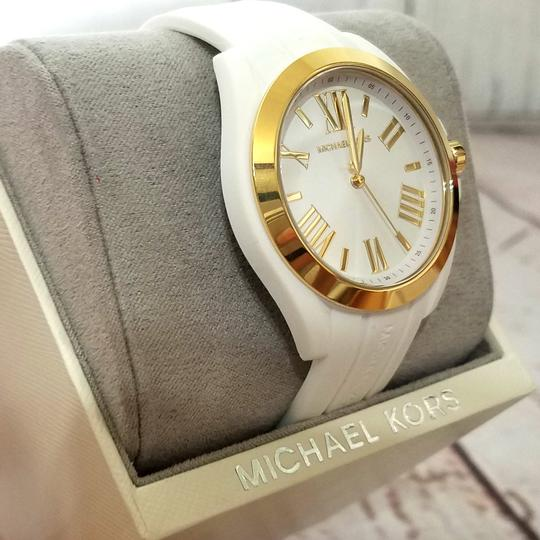 Michael Kors Women's Bradshaw Gold-Tone and White Silicone Watch MK2730 Image 5