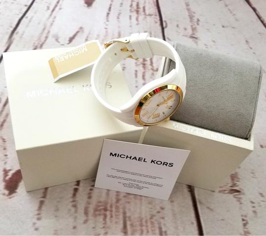 Michael Kors Women's Bradshaw Gold-Tone and White Silicone Watch MK2730 Image 8