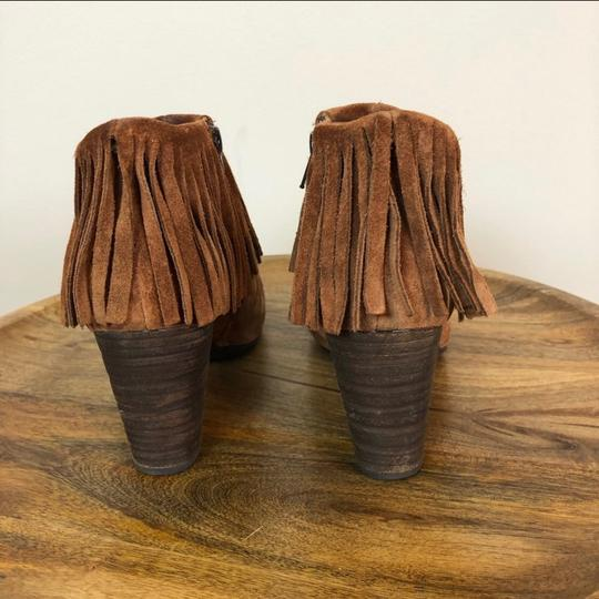 Brn Brown Boots Image 2