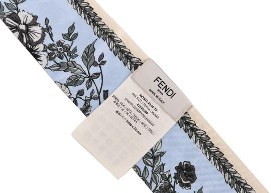 Burberry Fendi Womens 100% Silk choker Blue Floral Wrappy Scarf E816 Image 2