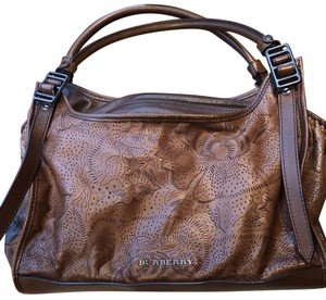 01821aa77a9 Burberry Prorsum Bags - 70% - 90% off at Tradesy
