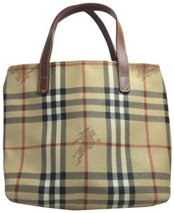 Burberry Tote in Tan plaid