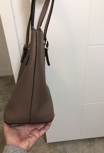 Kate Spade Tote in brownstone Image 4