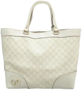 064e7a4db482 Gucci on Sale - Up to 70% off at Tradesy