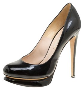 Nicholas Kirkwood Patent Leather Black Pumps