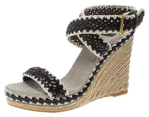 e6d1ee448 Tory Burch Wedges on Sale - Up to 70% off at Tradesy