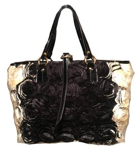 Valentino Silk Rosier Roses Silk Roses Roses Silk Flowers Tote in black and white