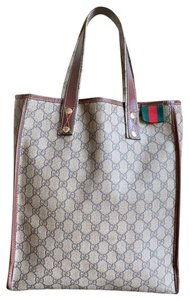 e5460aeb657651 Gucci Tote Bags - Up to 70% off at Tradesy