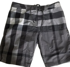 Burberry Burberry Brit half mega check men's swim trucks