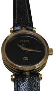 8f8fc3a2343 Gucci Women s Gucci Dress Watch 2000l Keeps Accurate Time Swiss Made