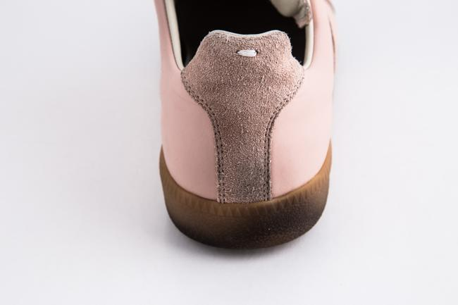 Maison Margiela Pink Replica Suede Leather Low-top Sneakers Shoes Maison Margiela Pink Replica Suede Leather Low-top Sneakers Shoes Image 11