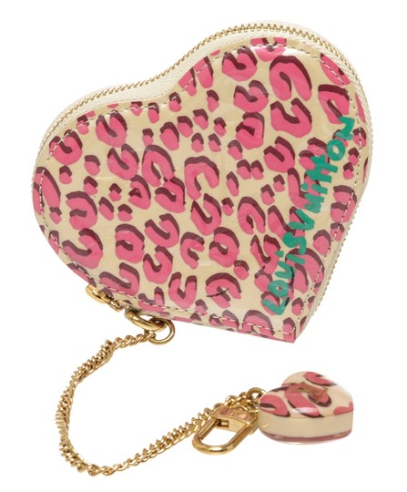 Preload https://img-static.tradesy.com/item/25308738/louis-vuitton-pink-and-cream-cheetah-vernis-leather-heart-coin-ltd-wallet-0-0-540-540.jpg