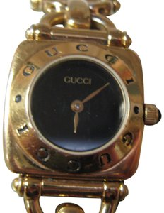 Gucci Women's Gucci Dress Watch Keeps Accurate Time Swiss Made