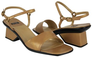 Stuart Weitzman Ships In 24 Hours Leather Iridescent Nude Golden Tan Sandals