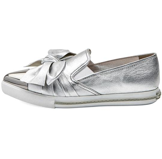Miu Miu Made In Italy Luxury Skate Sneaker Knot Bow Pointed Toe Silver Flats Image 3