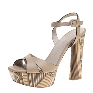 Le Silla Leather Ankle Strap Platform Beige Sandals