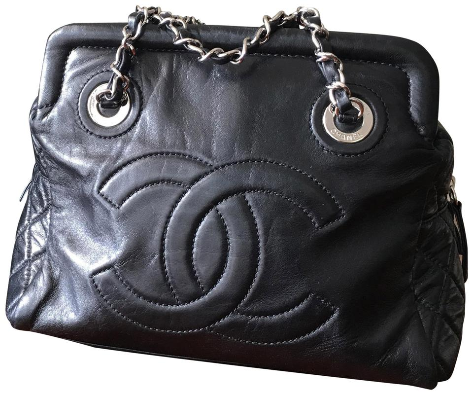 94cf1175ff732a Chanel Clutches - Over 70% off at Tradesy