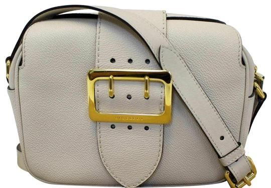 Preload https://img-static.tradesy.com/item/25311828/burberry-small-buckle-limestone-leather-cross-body-bag-0-2-540-540.jpg