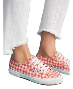 59842d31aadf Superga Sneakers Up to 90% off at Tradesy