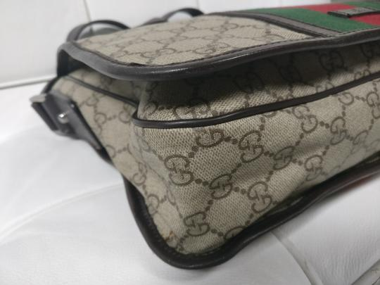 Gucci Web Messenger Gg Supreme Cross Body Bag Image 6