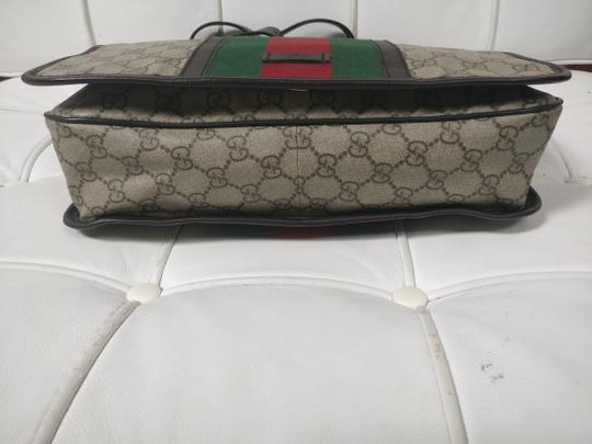 Gucci Web Messenger Gg Supreme Cross Body Bag Image 7