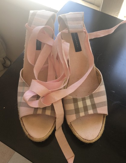 Burberry pink Wedges Image 2
