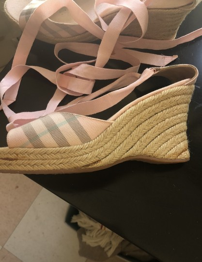 Burberry pink Wedges Image 3