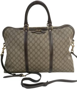Gucci Messenger Crossbody Supreme Monogram Travel Bag