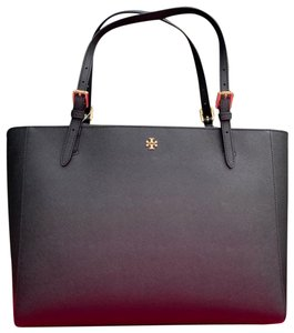 19f8d35a2f0f Tory Burch Tote in Black