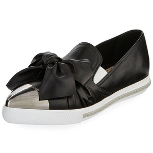 Miu Miu Made In Italy Luxury Designer Skate Sneaker Pointed Toe Knot Bow Black Flats