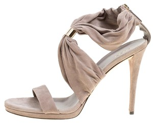 e65201708c8a Women s Grey Gucci Shoes - Up to 90% off at Tradesy
